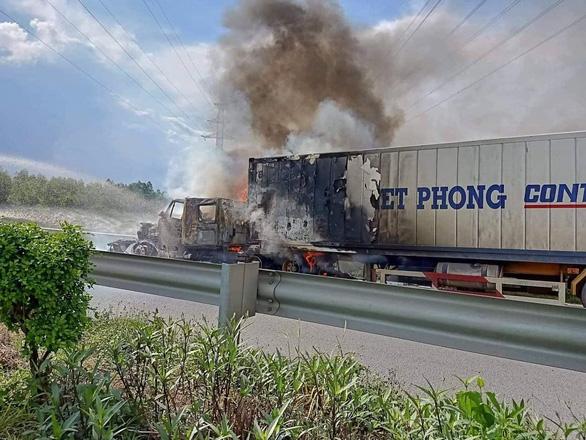 Bảo hiểm ô tô có đền khi cháy xe