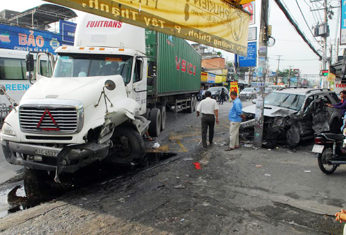 Bảo hiểm trách nhiệm dân sự chủ xe container