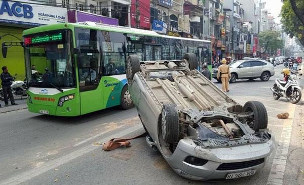 tư vấn bảo hiểm hai chiều xe ô tô