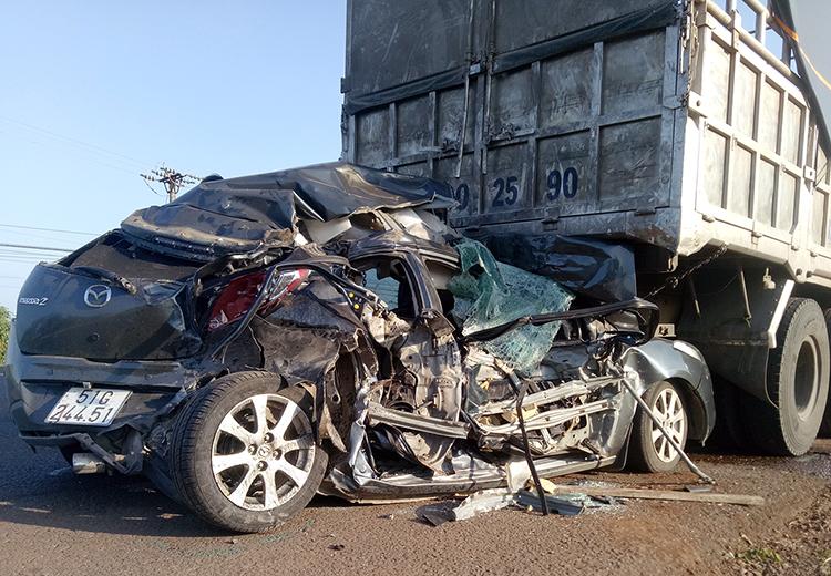 Bảo hiểm xe ô tô vật chất xe và dân sự
